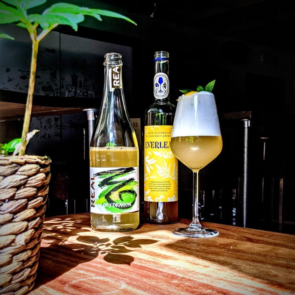 REAL Kombucha Dry Dragon with EVERLEAF in the Everleaf Sour non-alcoholic cocktail